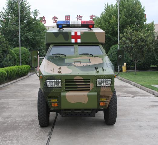 装甲救护车正面图