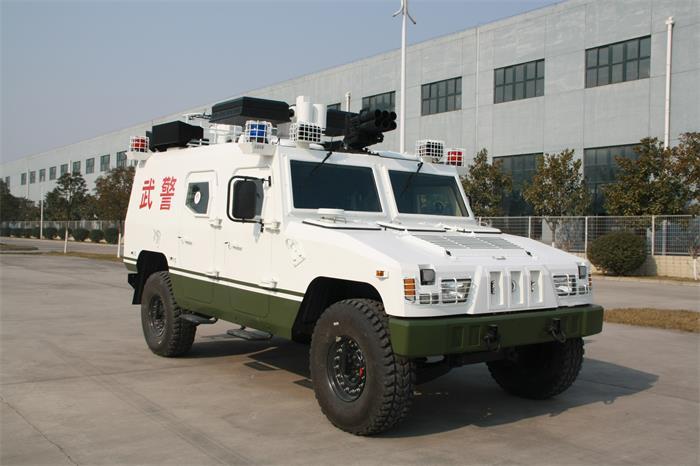 武警广播车